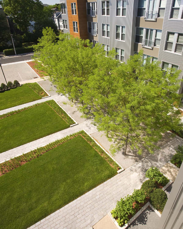 Mezzo_courtyard5