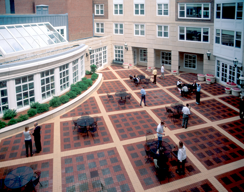 hbs exec courtyard 2